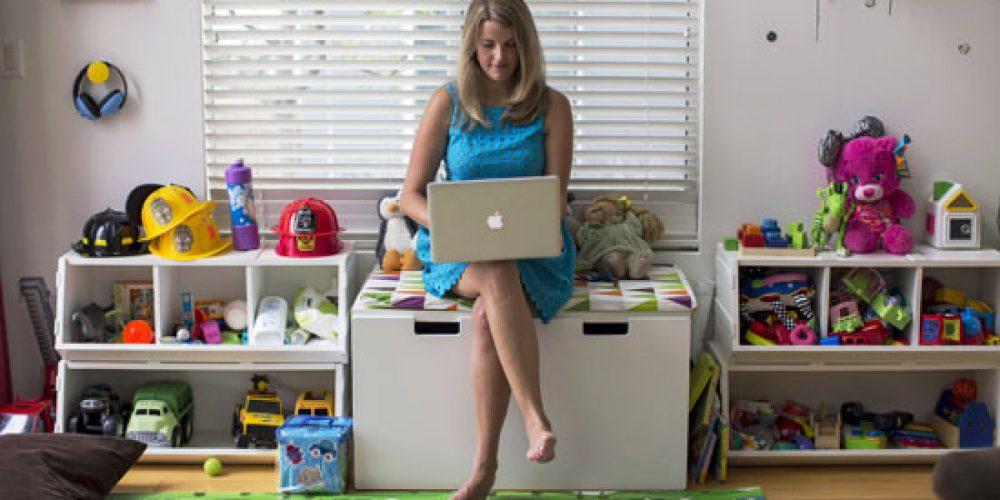 Social Media & the Perfect Mom Myth